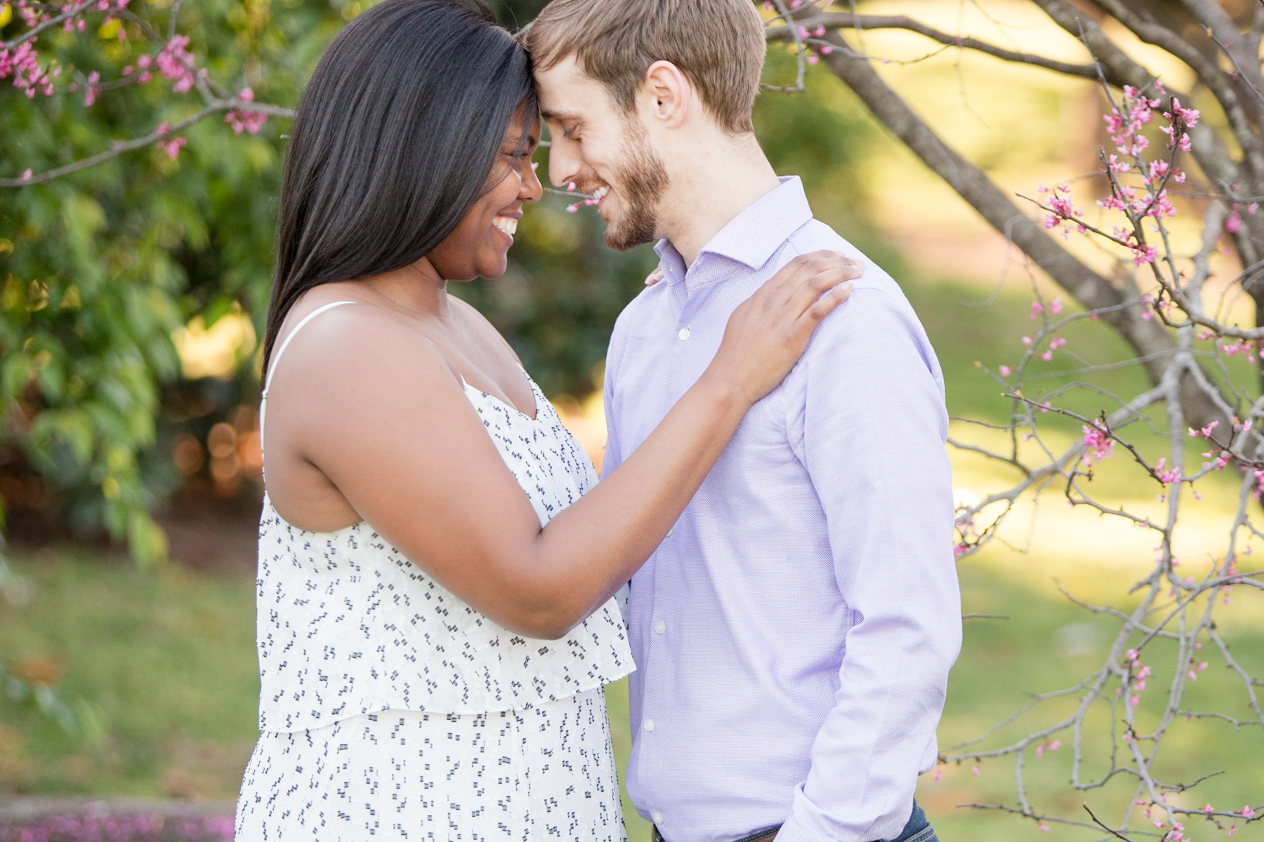 Centennial-park-nashville-engagement-session.jpg