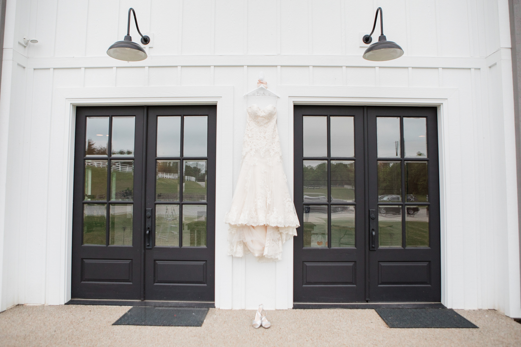 The-venue-at-white-oak-farms-wedding-nashville-wedding-photographers-0009.jpg