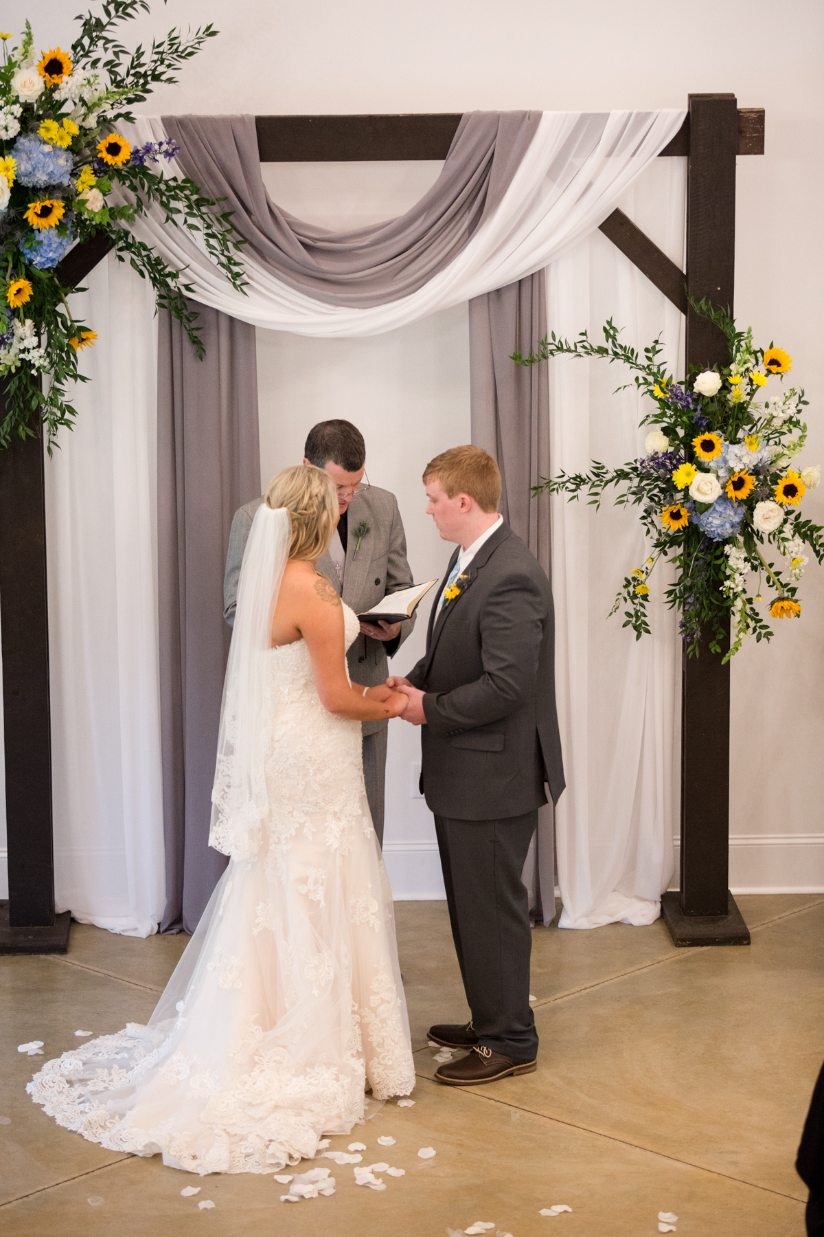 The-venue-at-white-oak-farms-wedding-nashville-wedding-photographers-0162.jpg