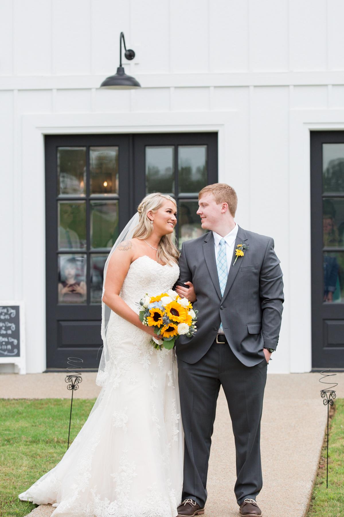 The-venue-at-white-oak-farms-wedding-nashville-wedding-photographers-0182.jpg
