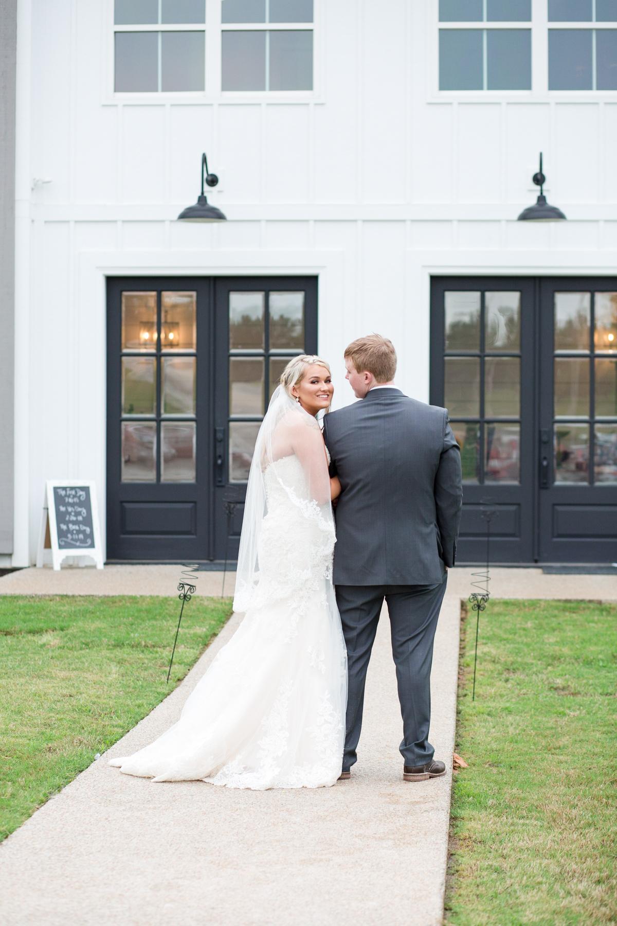 The-venue-at-white-oak-farms-wedding-nashville-wedding-photographers-0271.jpg