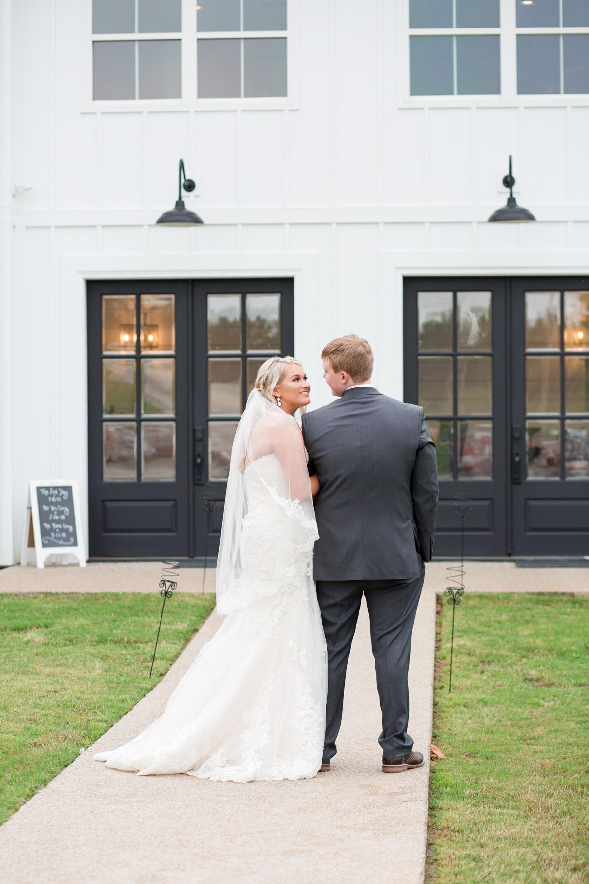 The-venue-at-white-oak-farms-wedding-nashville-wedding-photographers-0272.jpg