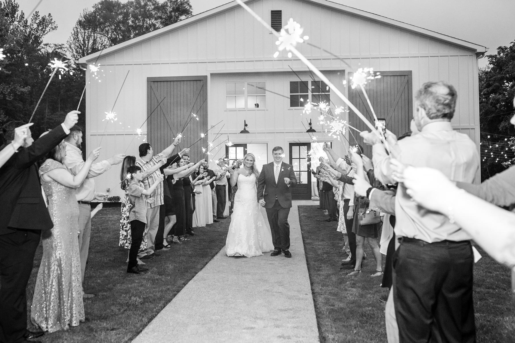 The-venue-at-white-oak-farms-wedding-nashville-wedding-photographers-0349.jpg