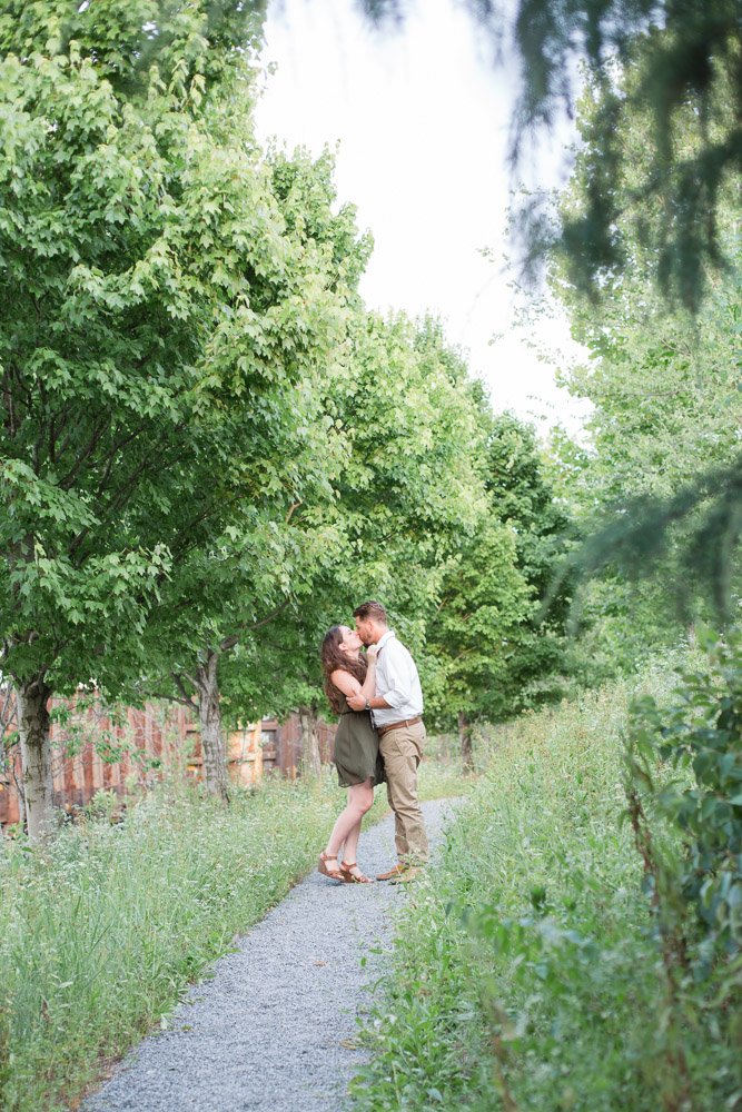 Nashville-Engagement-Session-Riverfront-Bridge-0039.jpg