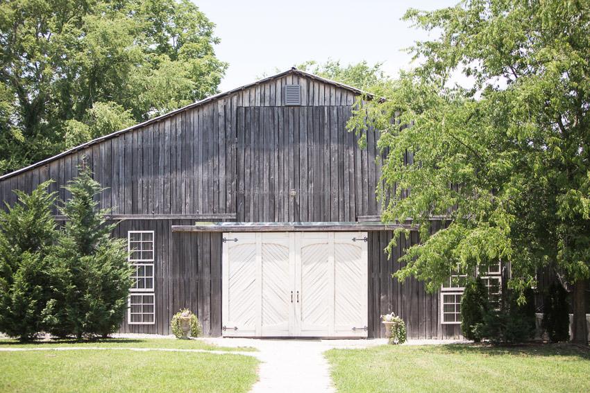 Meadow Hill Farm WeddingMGMeadow Hill Farm Wedding2452.jpg