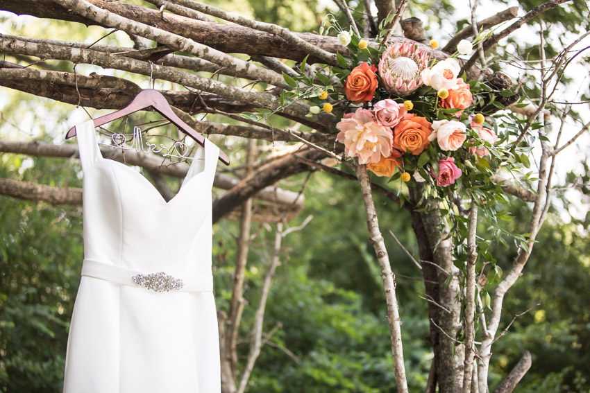 Such gorgeous colors and florals!