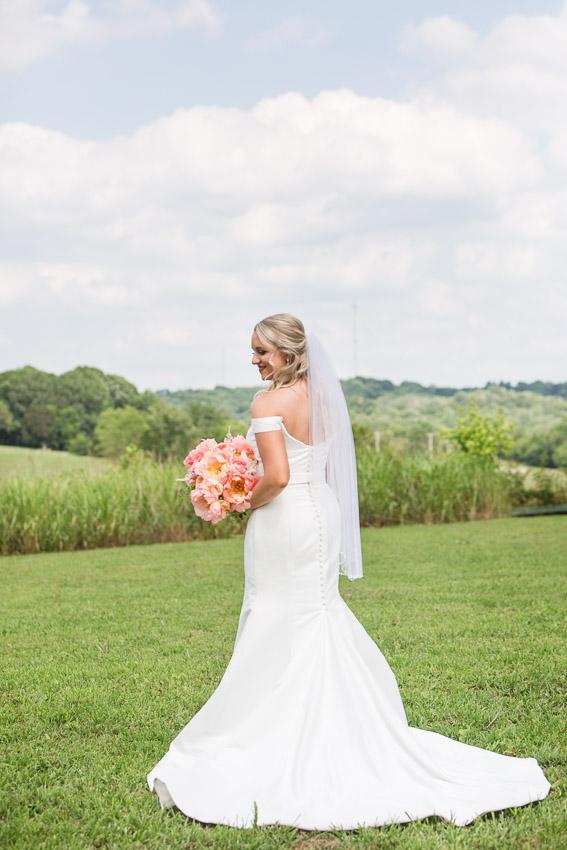 Meadow-Hill-Farm-Wedding-Meghan-and-Chris-0176.jpg