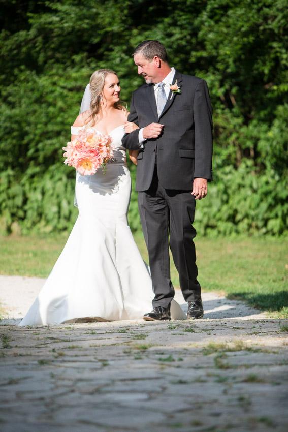Meadow-Hill-Farm-Wedding-Meghan-and-Chris-0305.jpg