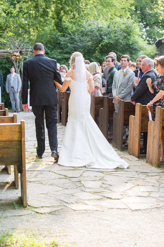 Meadow-Hill-Farm-Wedding-Meghan-and-Chris-0306.jpg