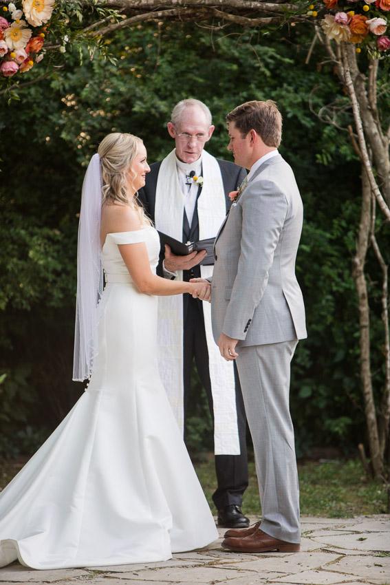 Meadow-Hill-Farm-Wedding-Meghan-and-Chris-0325.jpg