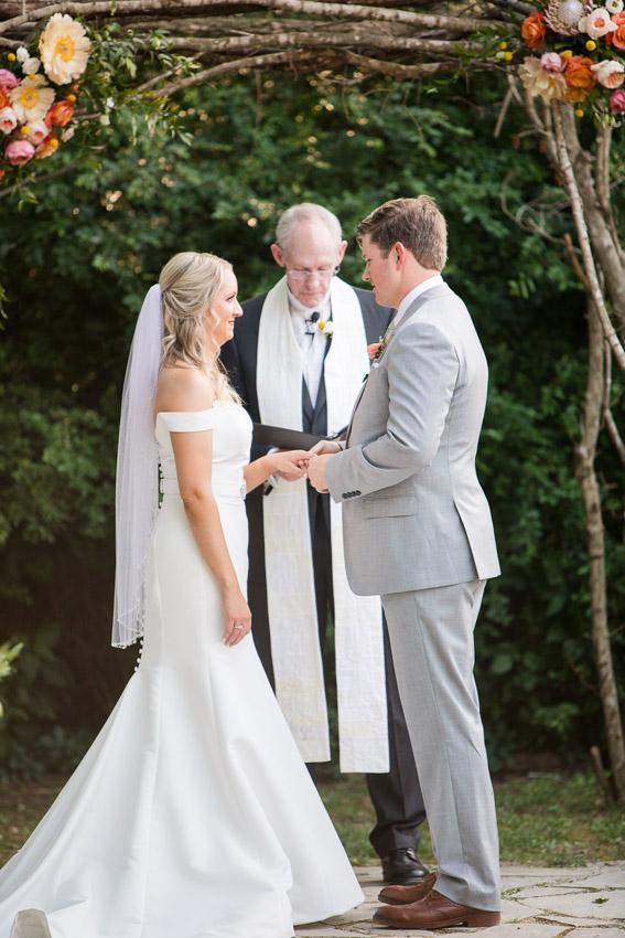 Meadow-Hill-Farm-Wedding-Meghan-and-Chris-0330.jpg