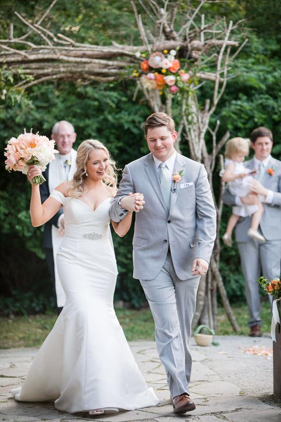 Meadow-Hill-Farm-Wedding-Meghan-and-Chris-0336.jpg