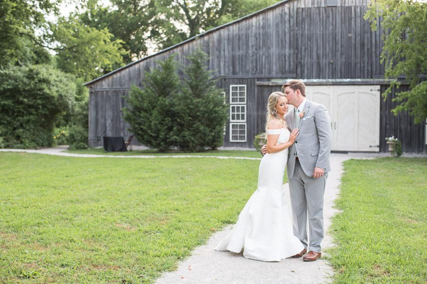 Meadow-Hill-Farm-Wedding-Meghan-and-Chris-0382.jpg