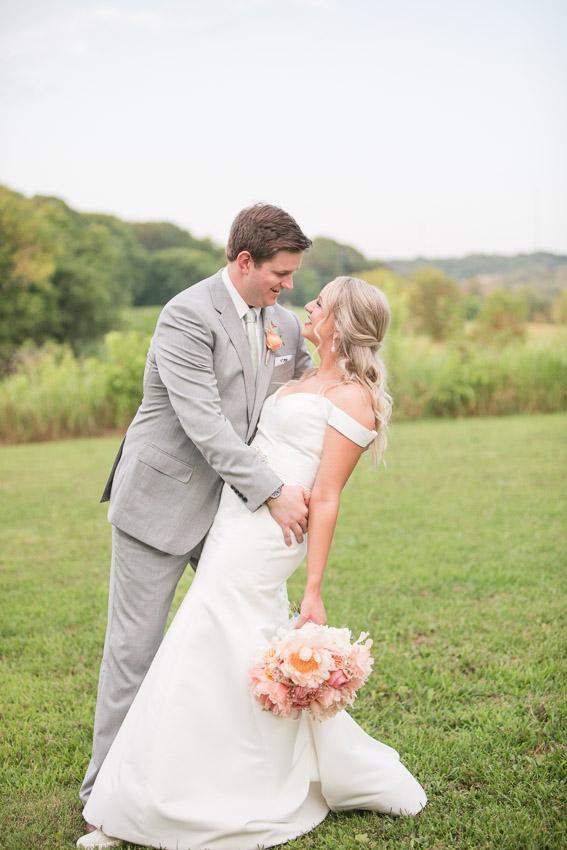 Meadow-Hill-Farm-Wedding-Meghan-and-Chris-0389.jpg