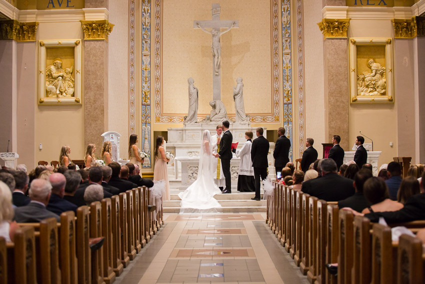 Cathedral-of-the-Incarnation-Wedding-Bethann-and-Justin-0200.jpg