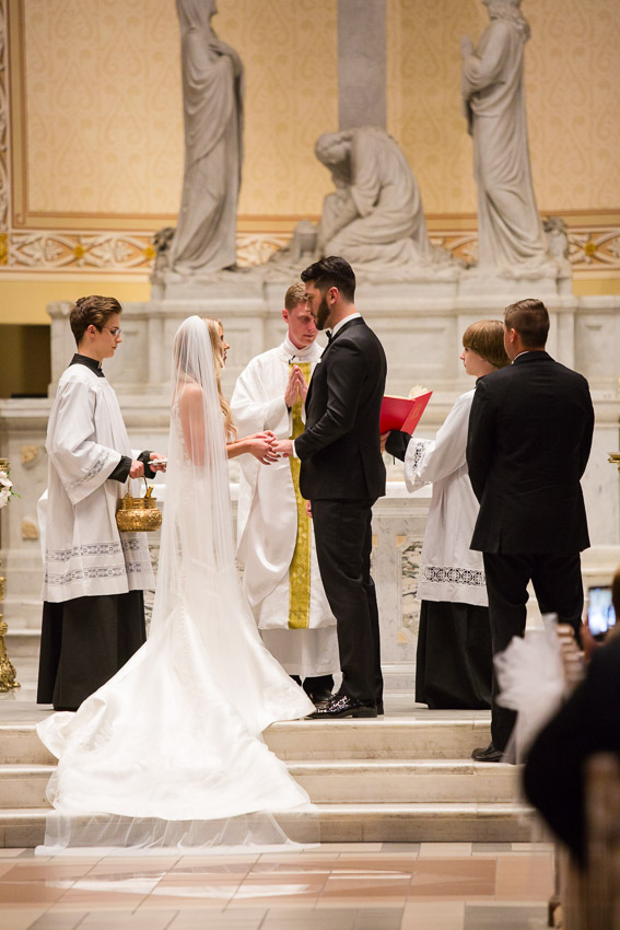 Cathedral-of-the-Incarnation-Wedding-Bethann-and-Justin-0207.jpg