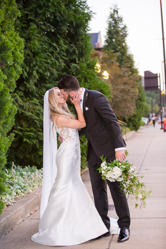 Cathedral-of-the-Incarnation-Wedding-Bethann-and-Justin-0220.jpg
