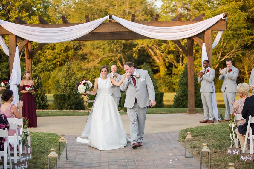 The-barn-at-sycamore-farms-wedding-photos.jpg
