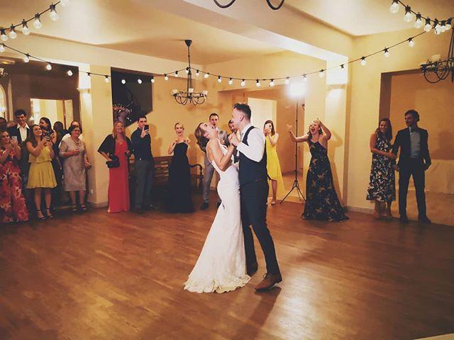 Congratulations to Siobhan and Marko 🍾 . . . . . . . #wedding #love #frenchwedding #destinationwedding #chateauwedding #weddinginfrance #weddingdj #vinyldj #internationalwedding #destinationweddingdj #americandjinfrance #instawedding #instalove #franceisintheair #vintagevinyl #vintagevinyllove #bestjobever #frenchweddingstyle #hitched