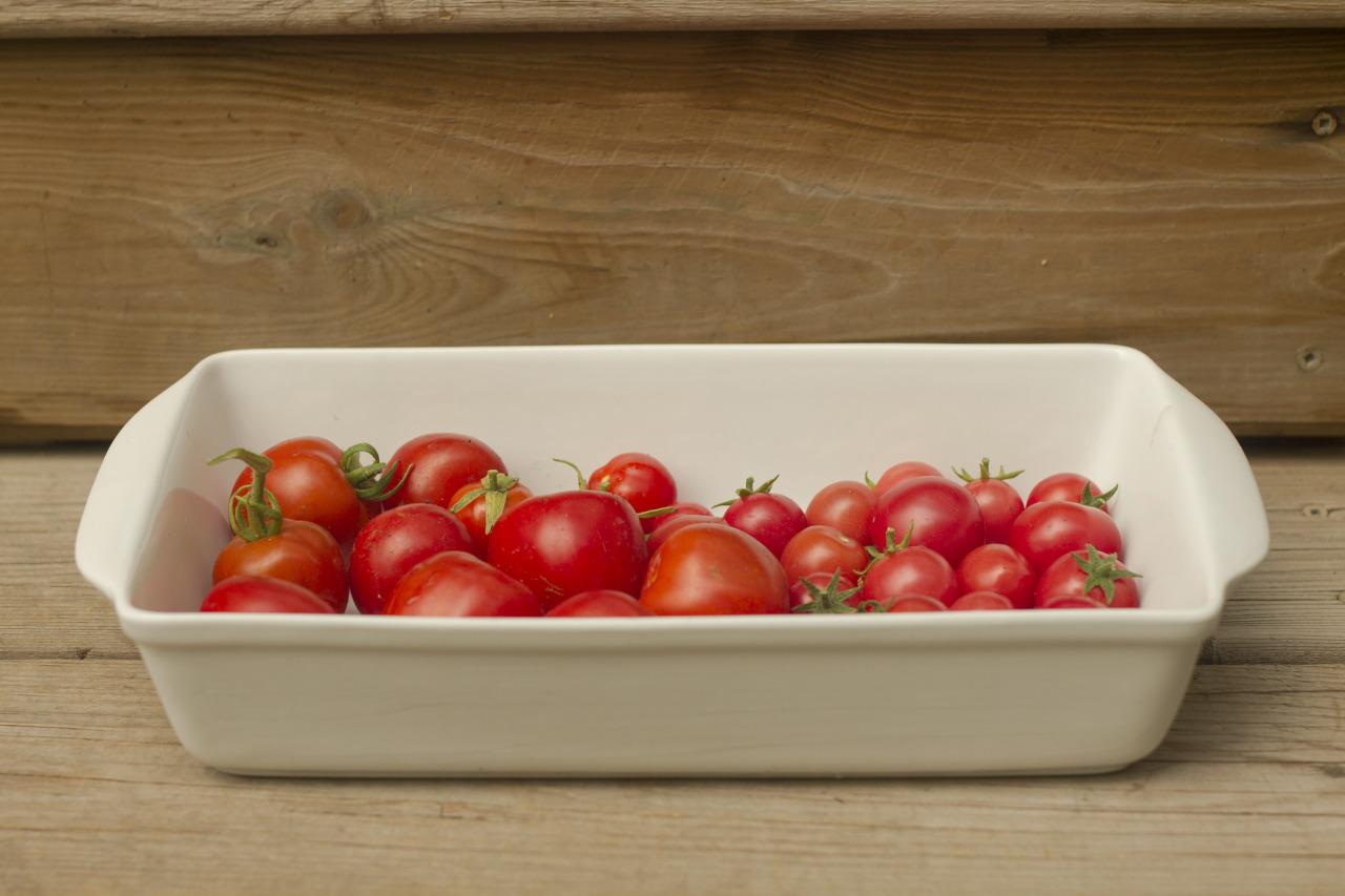 Stuspice, mega bite, and sweet n' neat tomatoes.