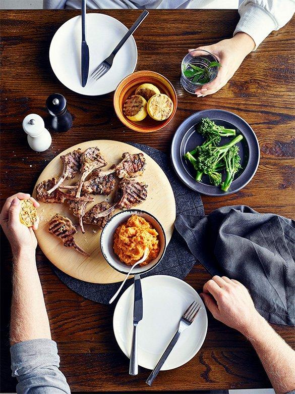 lamb-cutlets-on-sweet-potato-mash-580.jpg