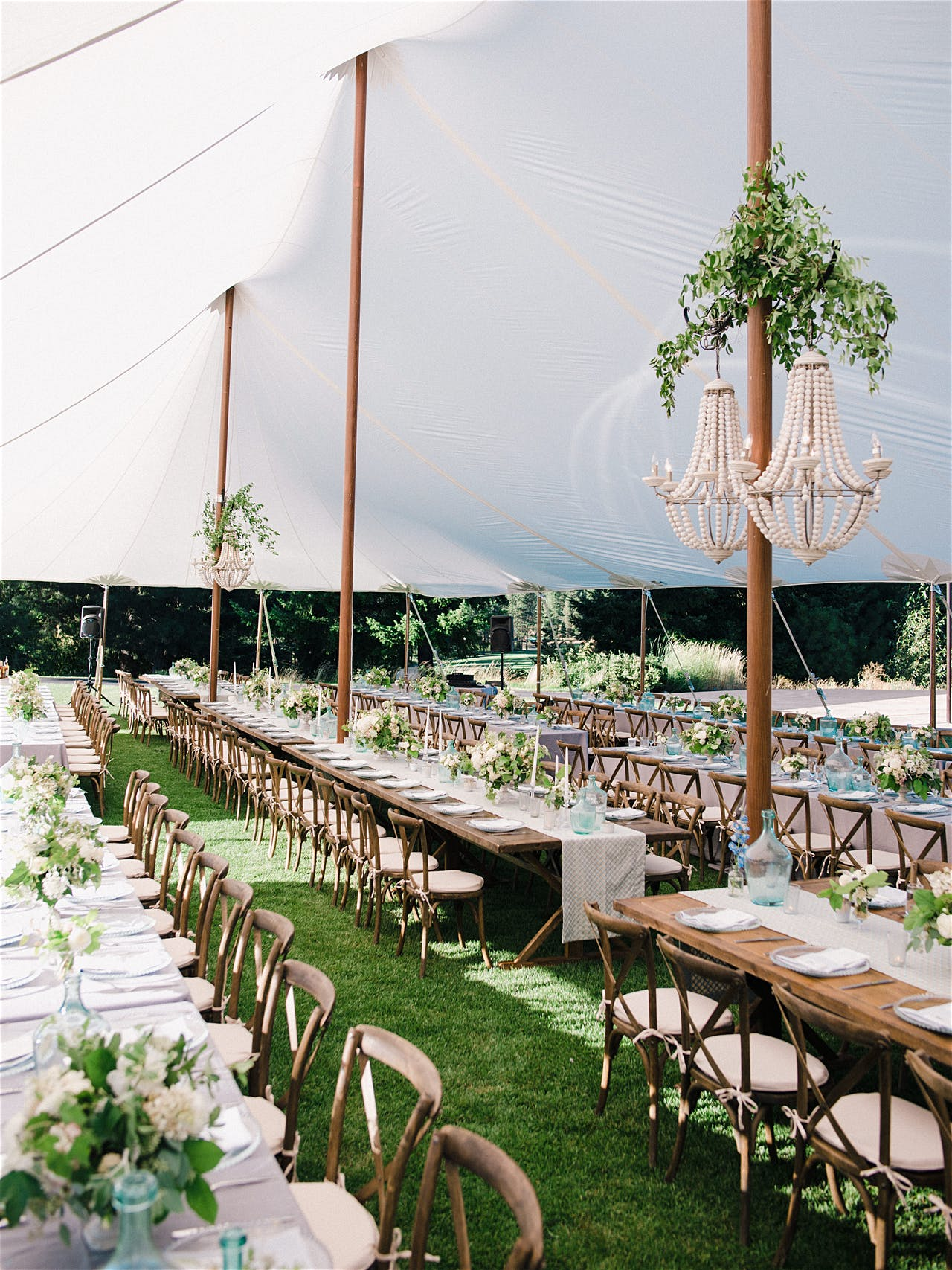 Wedding planning, design plan, floral and decor by Kaleb Norman James Design. Photography by Ryan Flynn Photo.