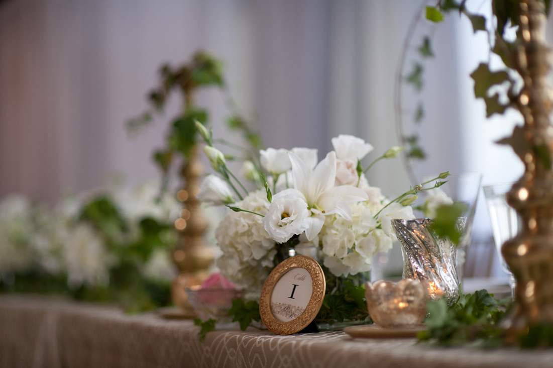elegant white and gold head table