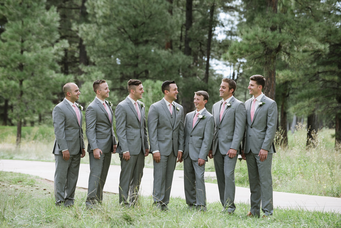 groomsmen photos.jpg