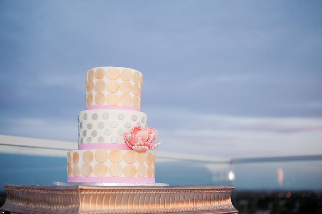 modern cake.jpg
