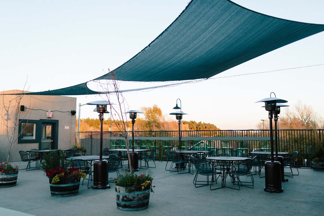 roof top dining.jpg