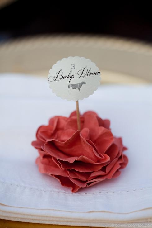 paper flower placecards1.jpg