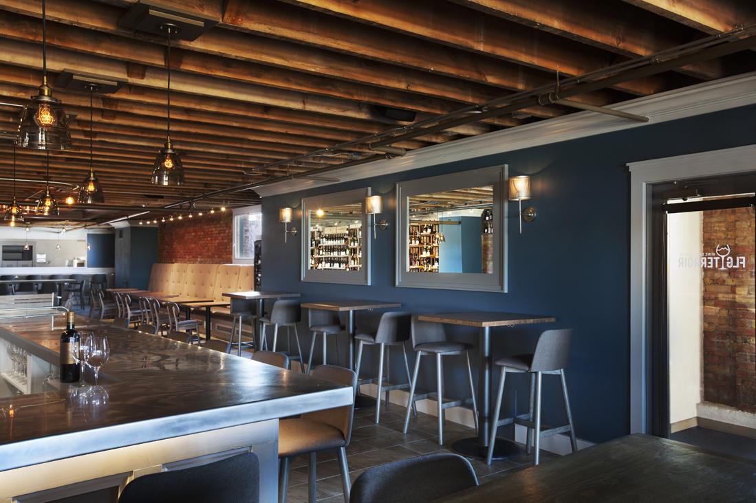 modern wine bar.jpg