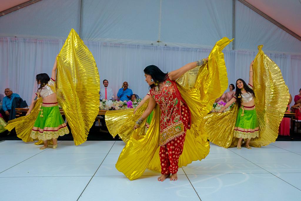 bollywood dancers-2.jpg