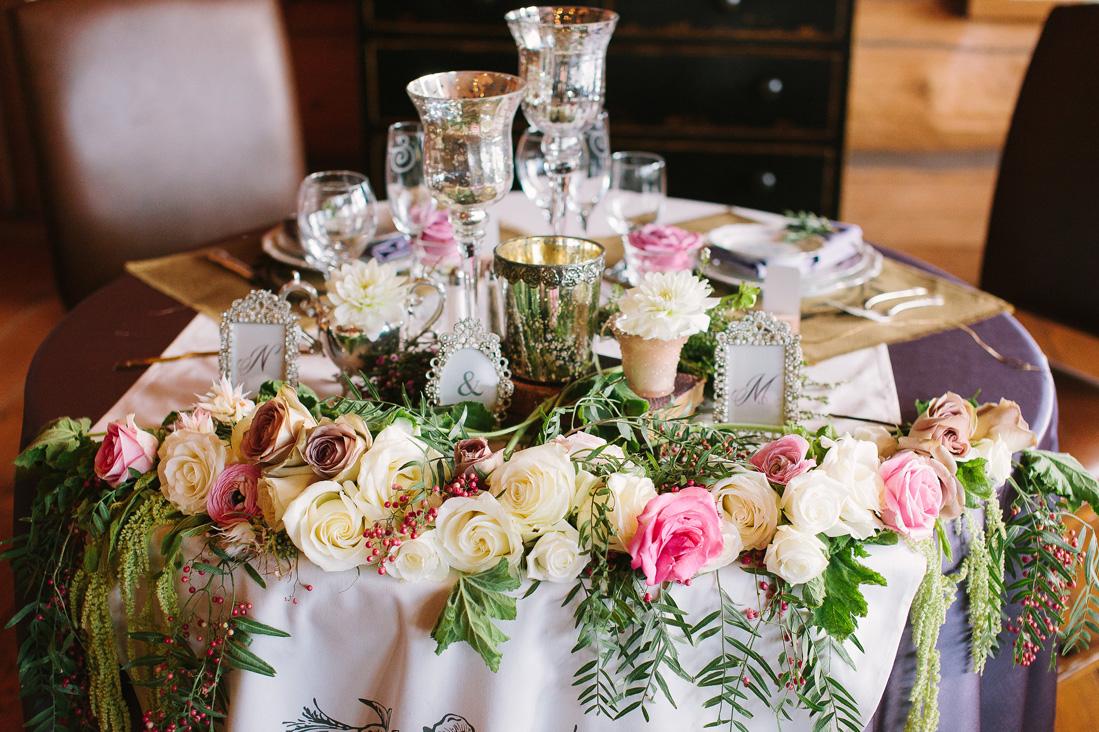 sweetheart table ideas.jpg