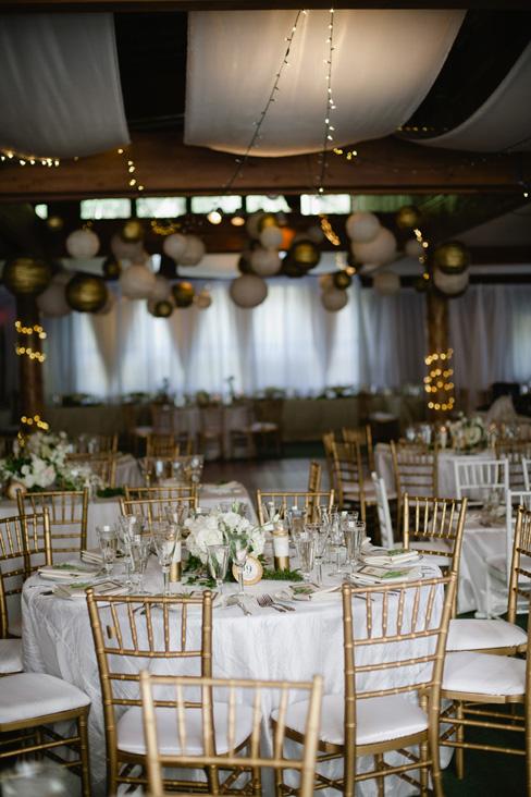 gold and white hanging lanterns.jpg