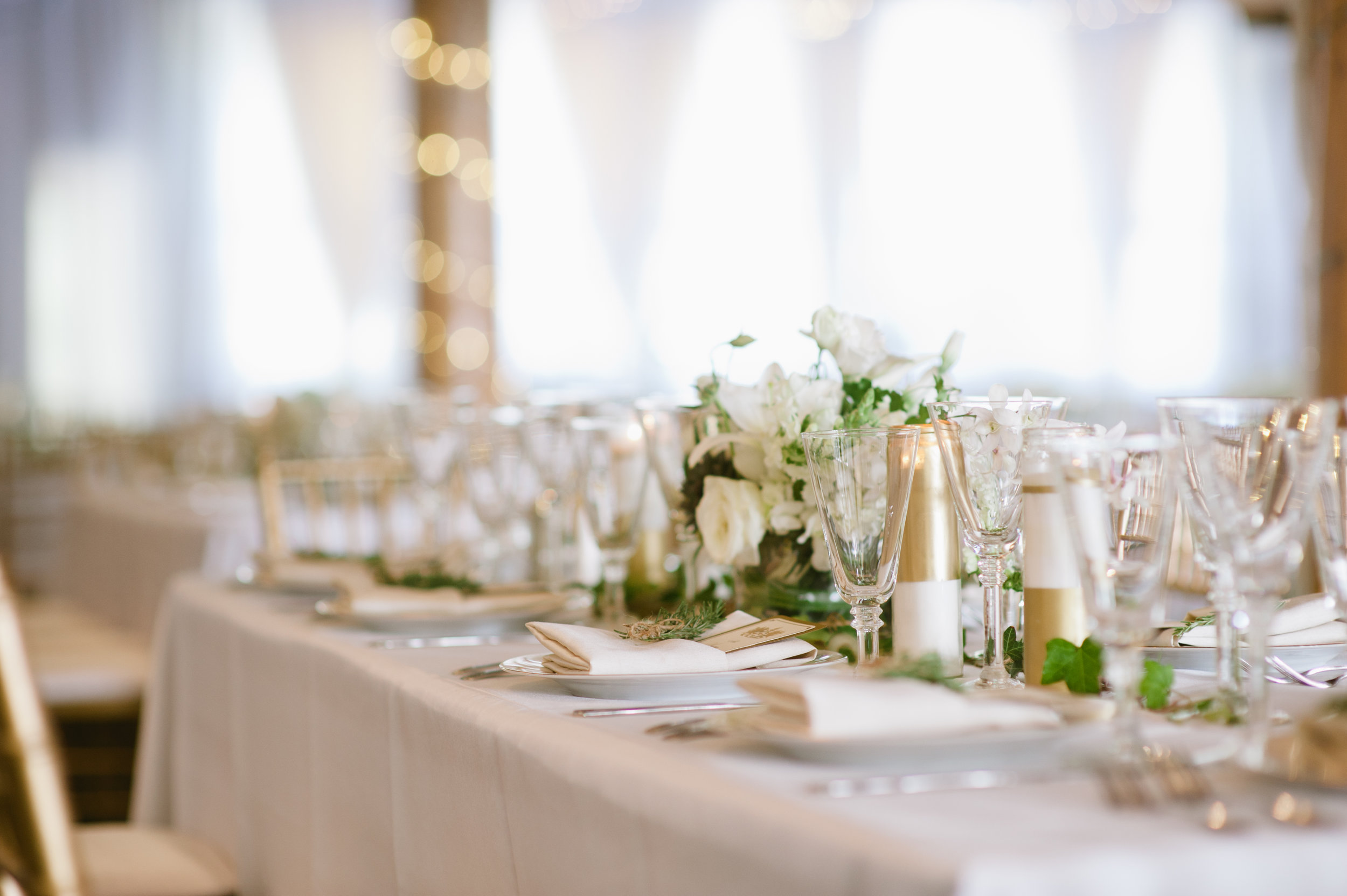 gold and white reception.JPG