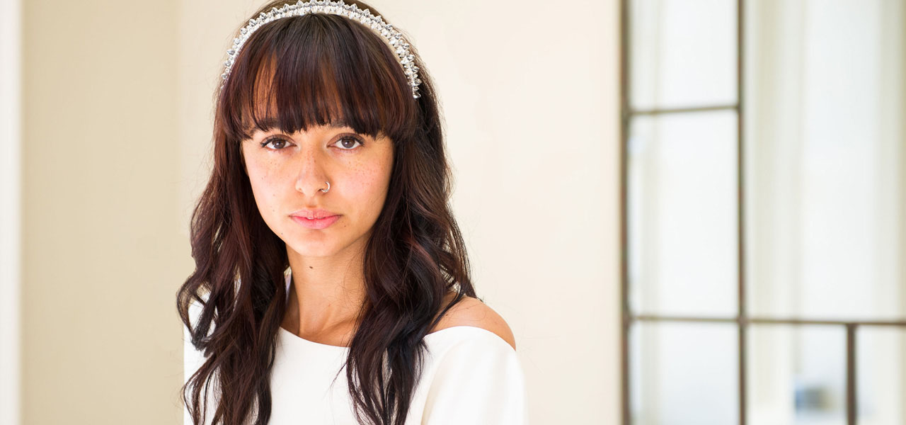Abbie-modern-bridal-headpiece.jpg