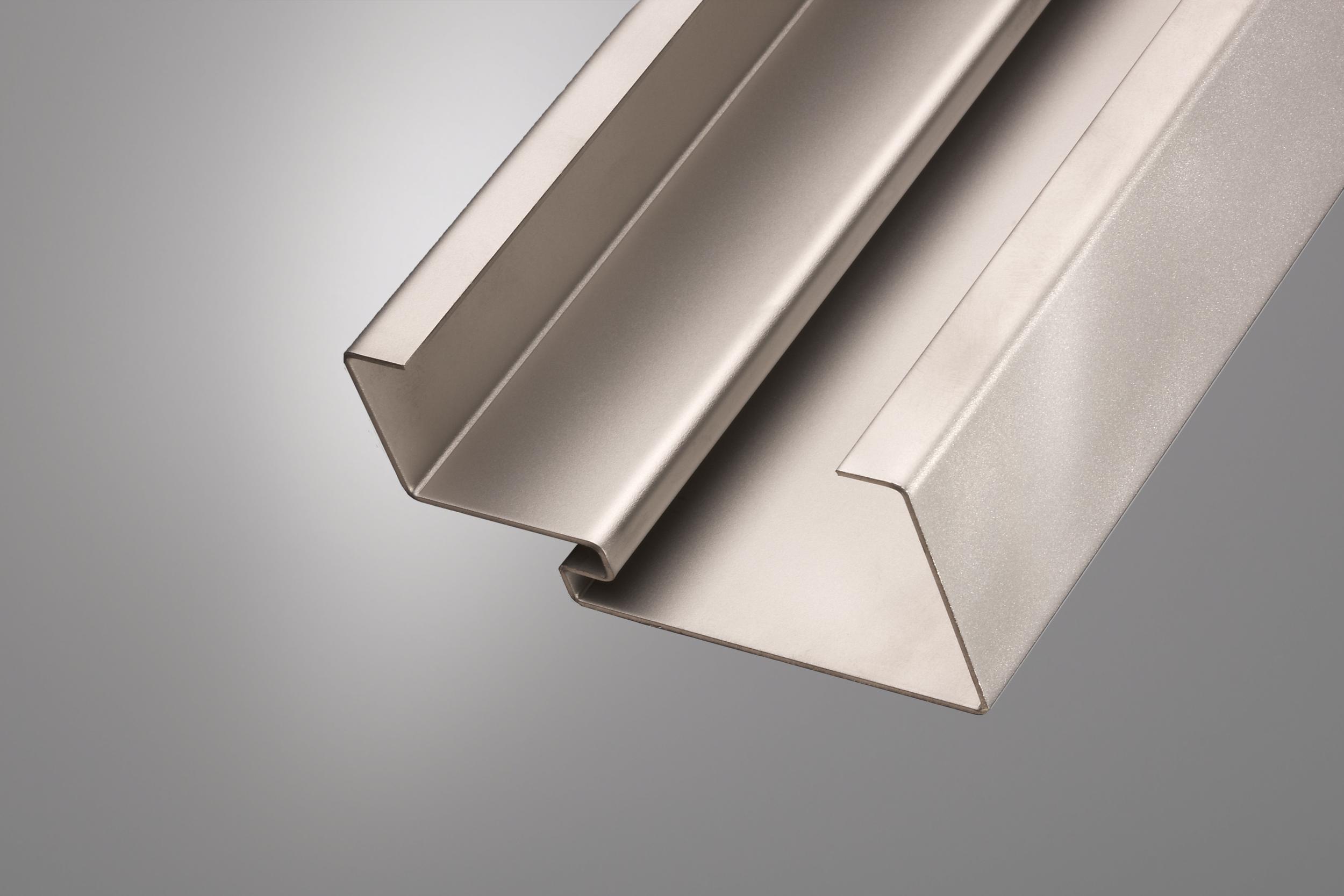 productfoto van stalen deurkozijn gemaakt op een WEMO productielijn