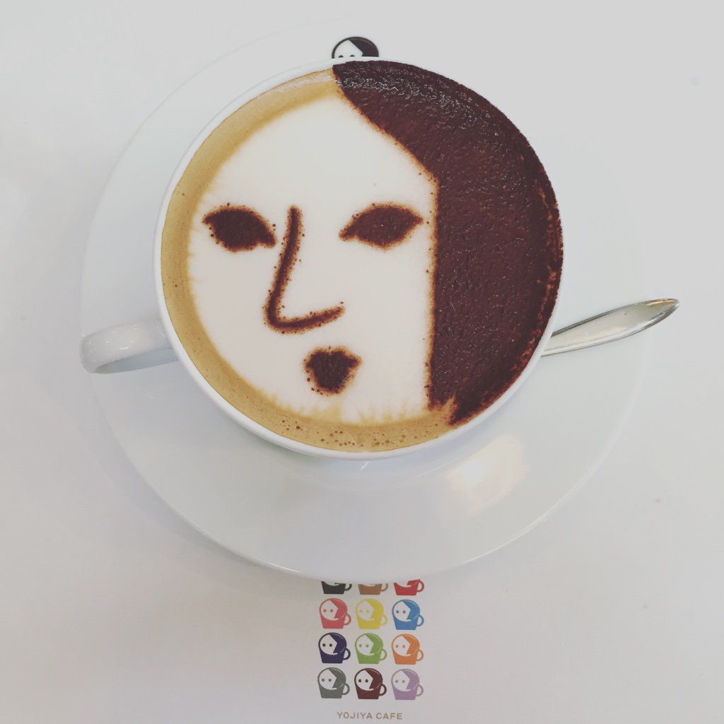 Cappuccinos too pretty to drink at Yojiya Cafe.