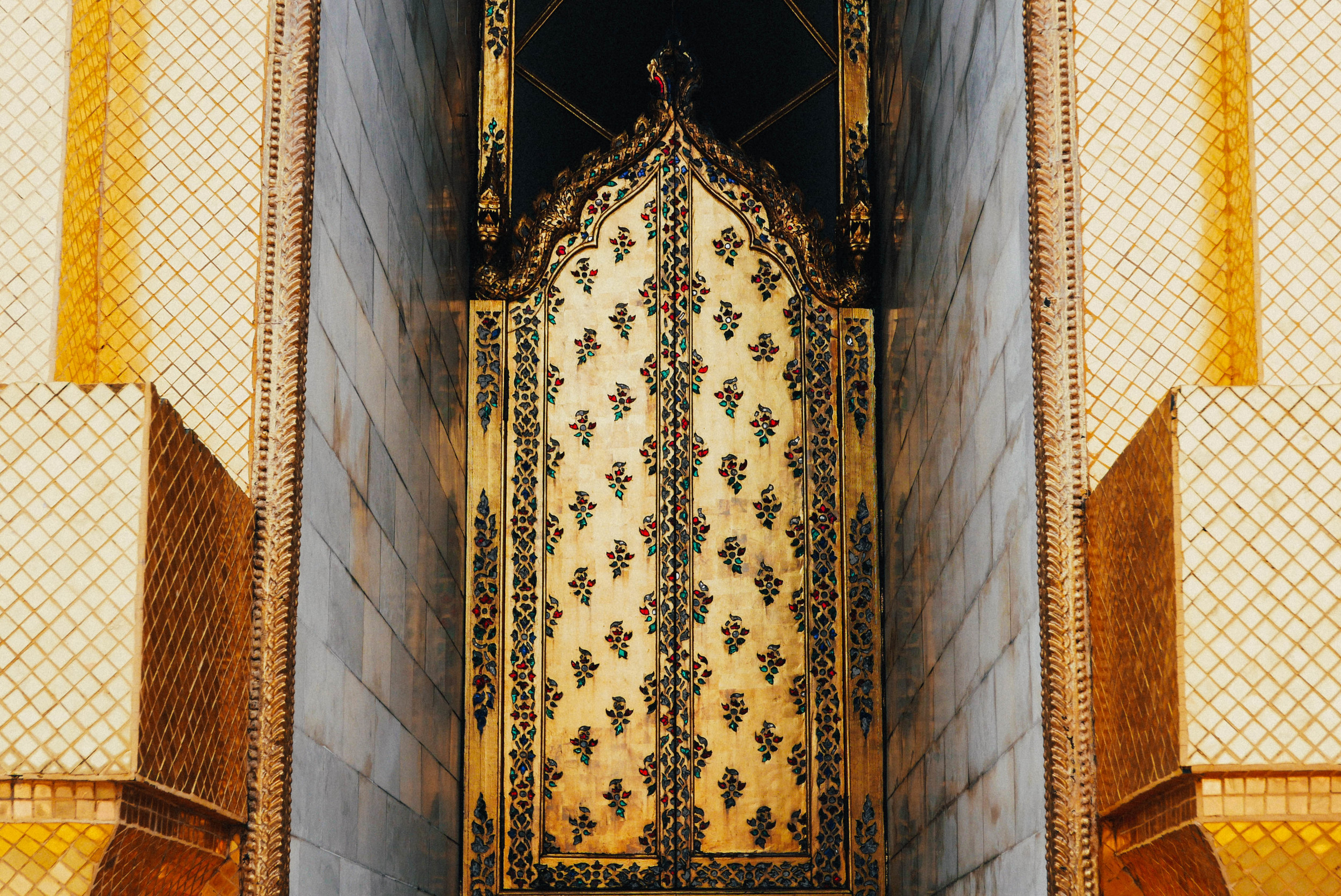 {above: a gilded doorway | below: tile work details; a ceylonese-style pagoda covered in gold mosaic}