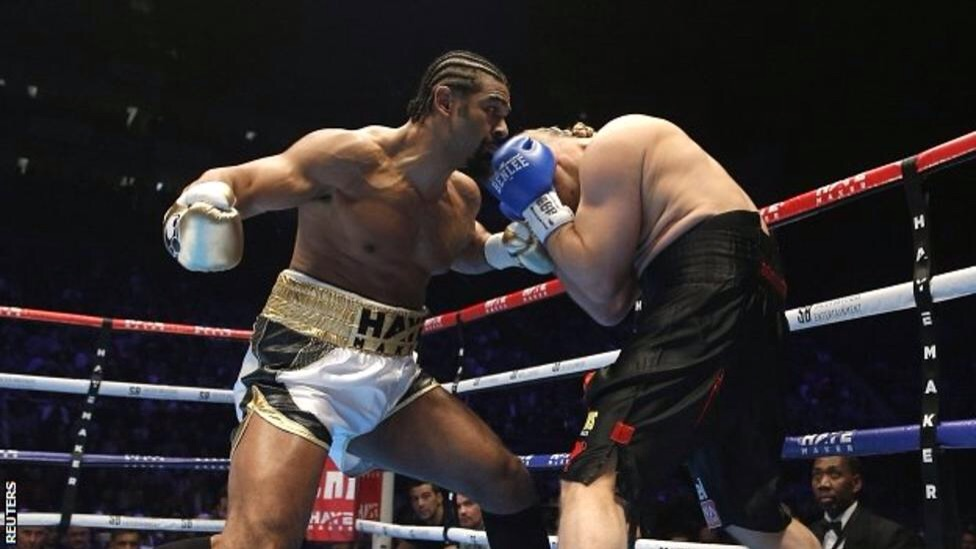 David Haye in action against Mark de Mori