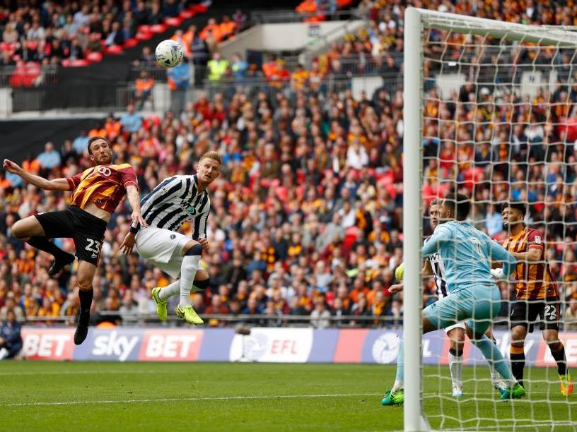 Bradford's Rory McArdle was a threat at set pieces