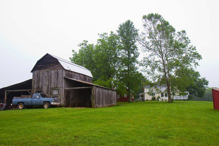 Barn-Lounge-Wedding-Scottsville-Events-Audio-Visual-The-AV-Company.jpg
