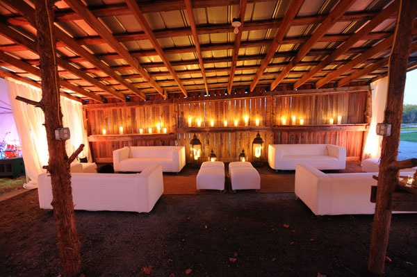 wedding-lighting-decor-furniture-barn-virginia.jpg