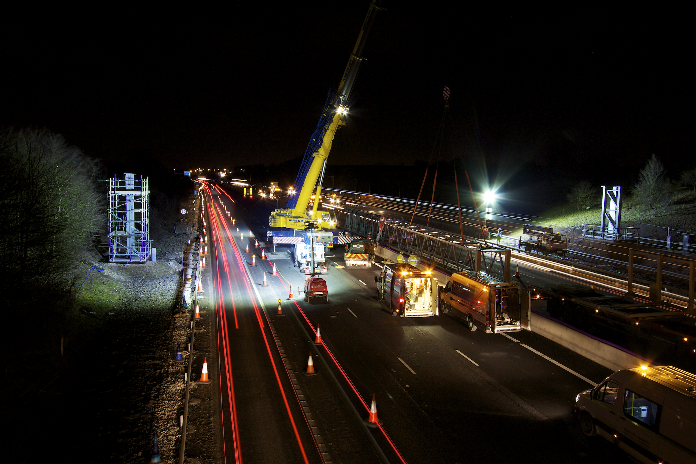 M1 Gantry Lift 03-03-2015_15©Matthew Nichol Photography.jpg