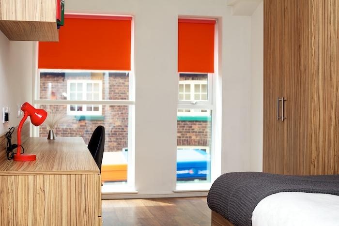Single Bedroom_En Suite1.jpg