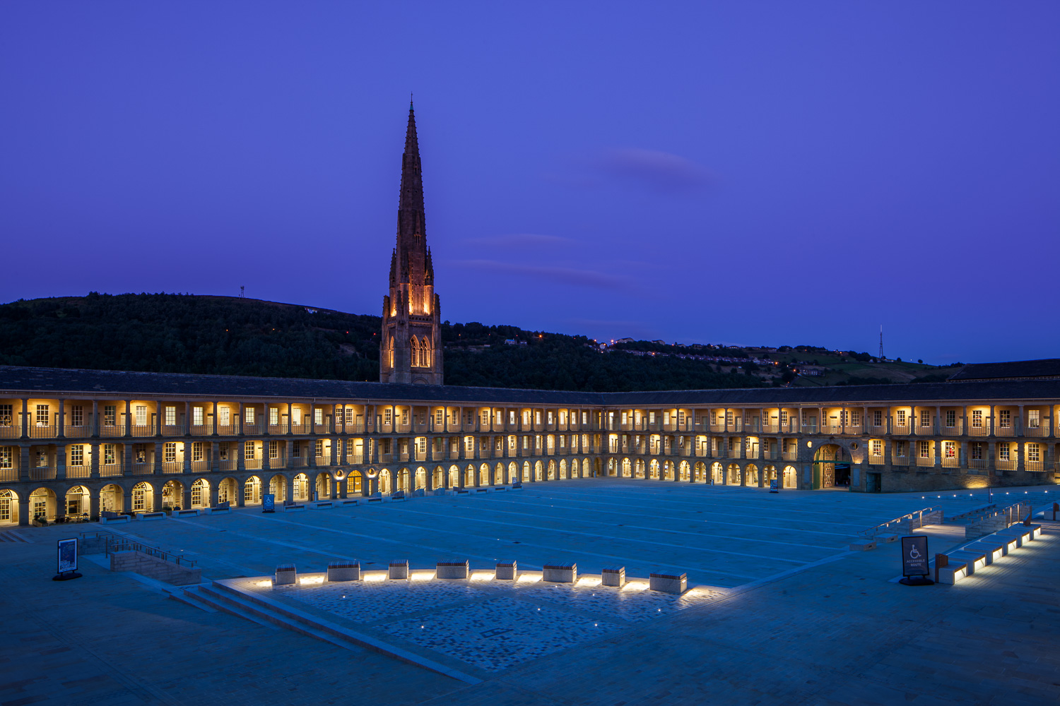 Piece Hall at Night