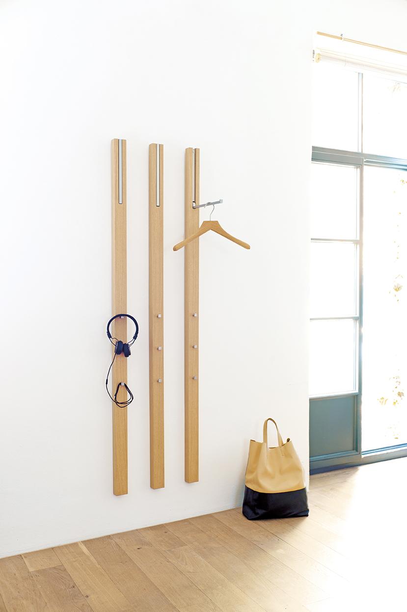 line-garderobe-wandgarderobe-eiche-schoenbuch-0112.-kleiderbuegel-eiche-am-7.jpg