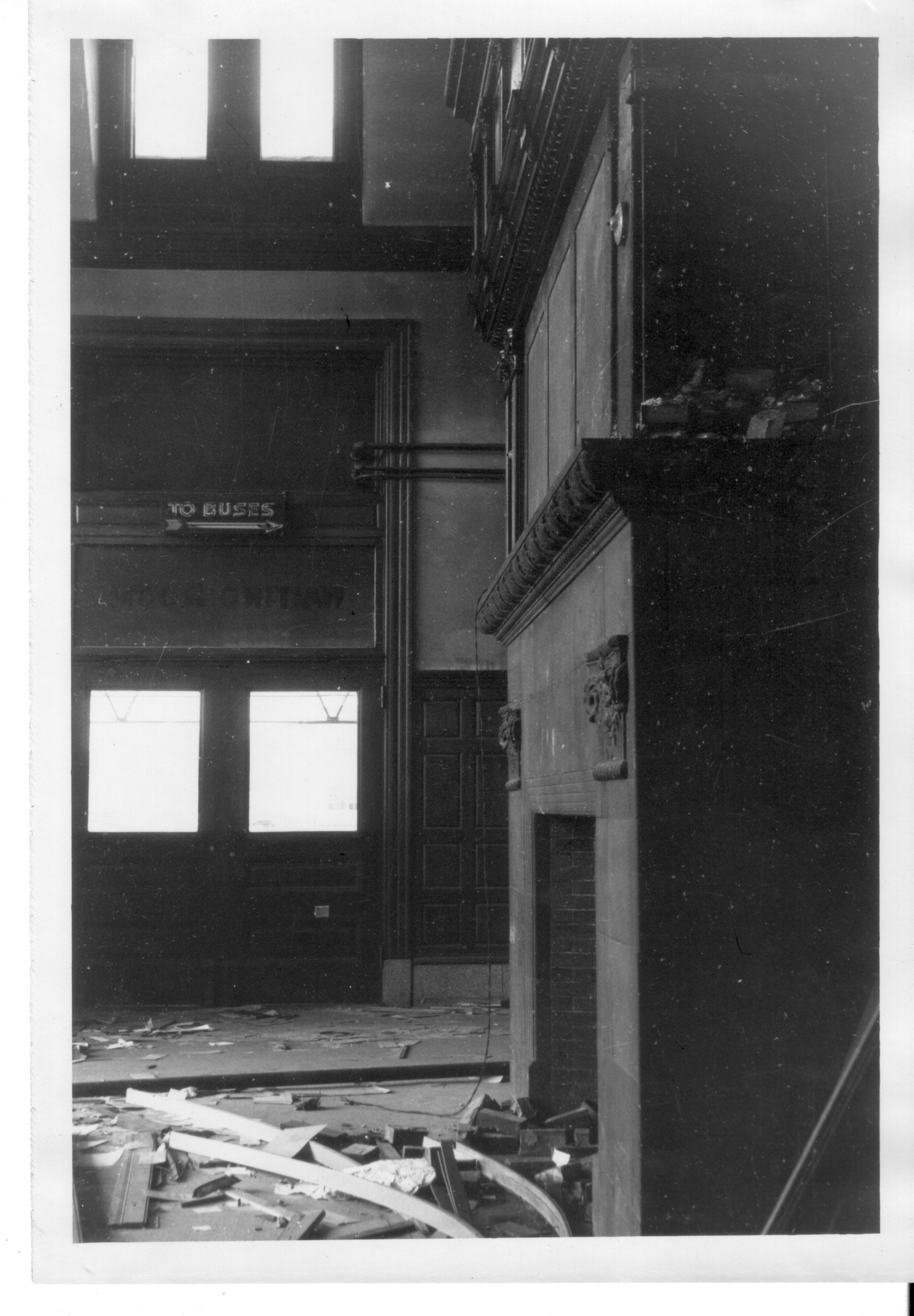 UnionStation_demoliton_interior5_1961_DORISIJOHNSON.jpg