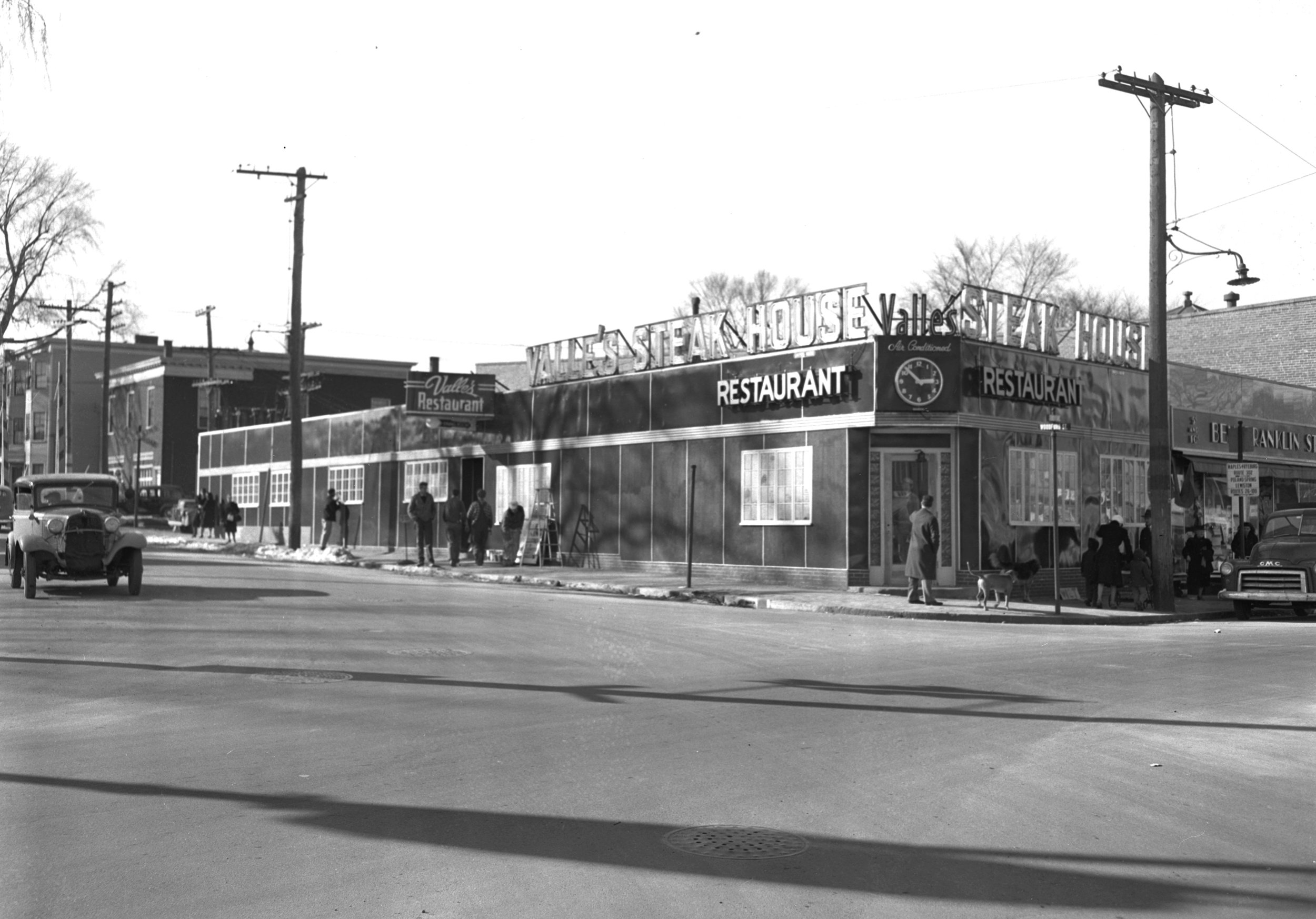 Portland_Woodfords_Corner_Valles_1947_ property of Portland Public Library Special Collections & Archives.JPG